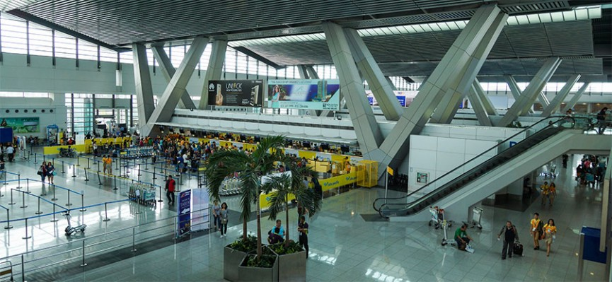 マニラ空港はターミナルが3つあって、搭乗される航空会社によって到着のターミナルが変わってきます