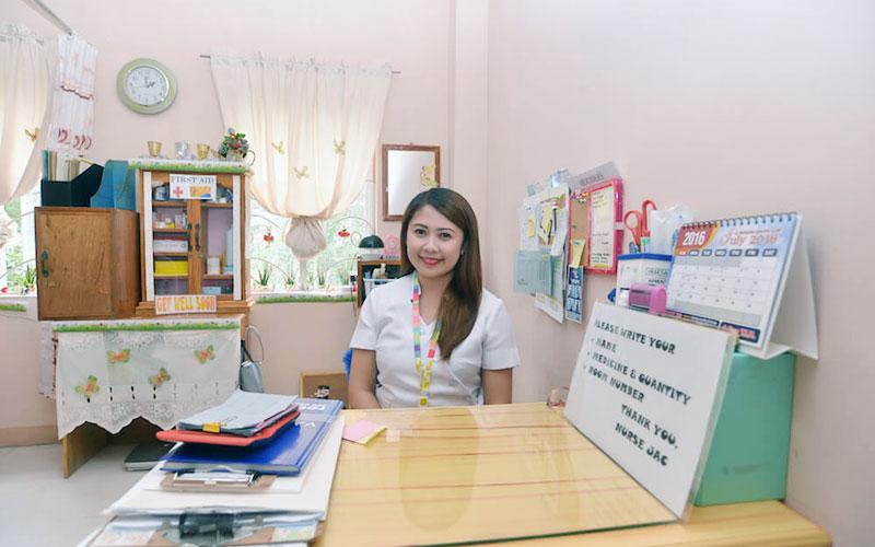 フィリピン留学 HELP LONGLONG - ナース