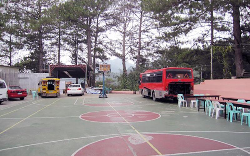 フィリピン留学 HELP LONGLONG - 校庭
