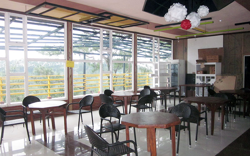 フィリピン留学 HELP LONGLONG - 校舎併設カフェテリア(学食は別)