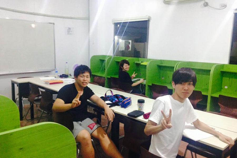 フィリピン留学 C2 Ubec English Academy - 自習室