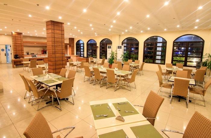 フィリピン留学 JIC CEBU - ホテル(宿舎棟)のロビー