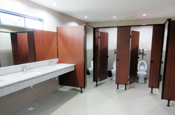 フィリピン留学 JIC CEBU - 共有のトイレ