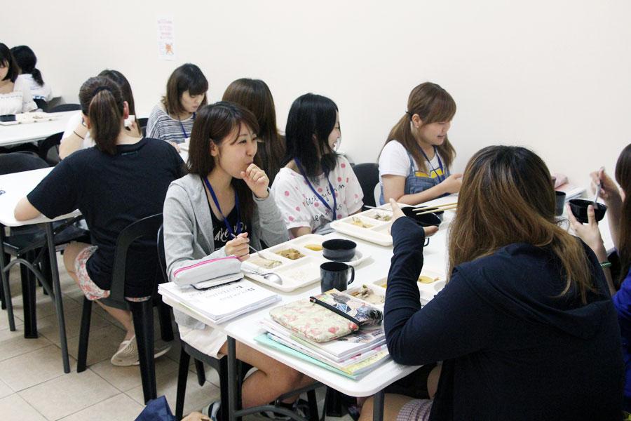 フィリピン留学 Cebu English Academy - ランチタイム
