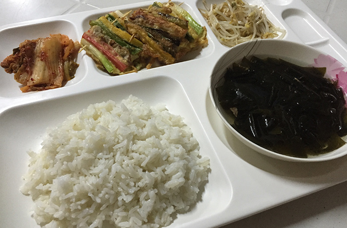 フィリピン留学 E&G International Language Center 昼食