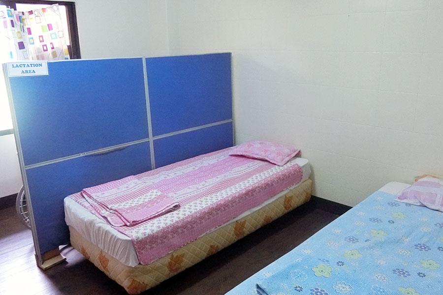 フィリピン留学 HELP Clark 校内の医務室