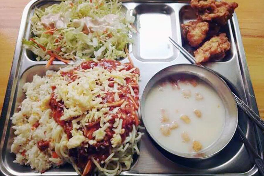 フィリピン留学 HELP Clark 食事1