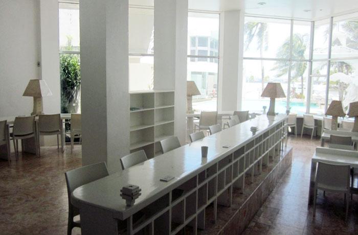 フィリピン留学 QQ English Seafront - 自習室は冷房完備