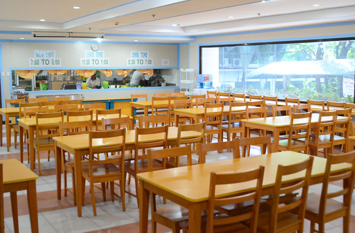 フィリピン留学 UV ESL - 寮1Fの学食