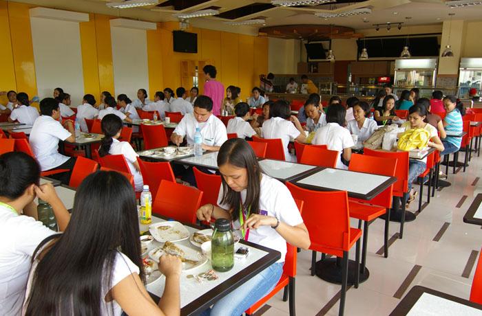 フィリピン留学 UV ESL - 大学カフェテリア
