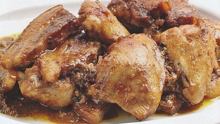 人気のフィリピン料理7選 - アドボ(ADOBO)