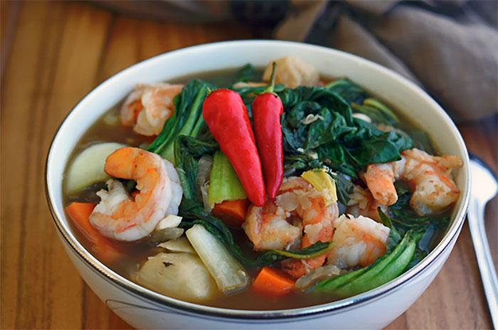 人気のフィリピン料理7選 - シニガン(SINIGANG)